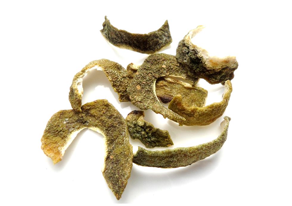 Dried kaffir lime peels